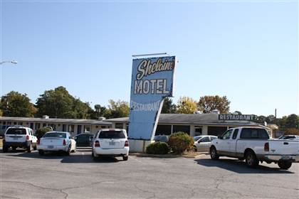 Shelaine Motel - LocationsHub